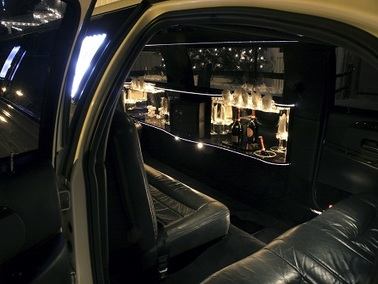 Stretch Limousine in Montreal